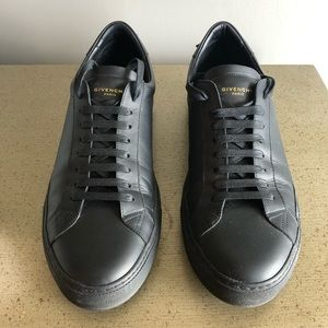 Givenchy - Urban Street Low-Top Sneaker - Size 44